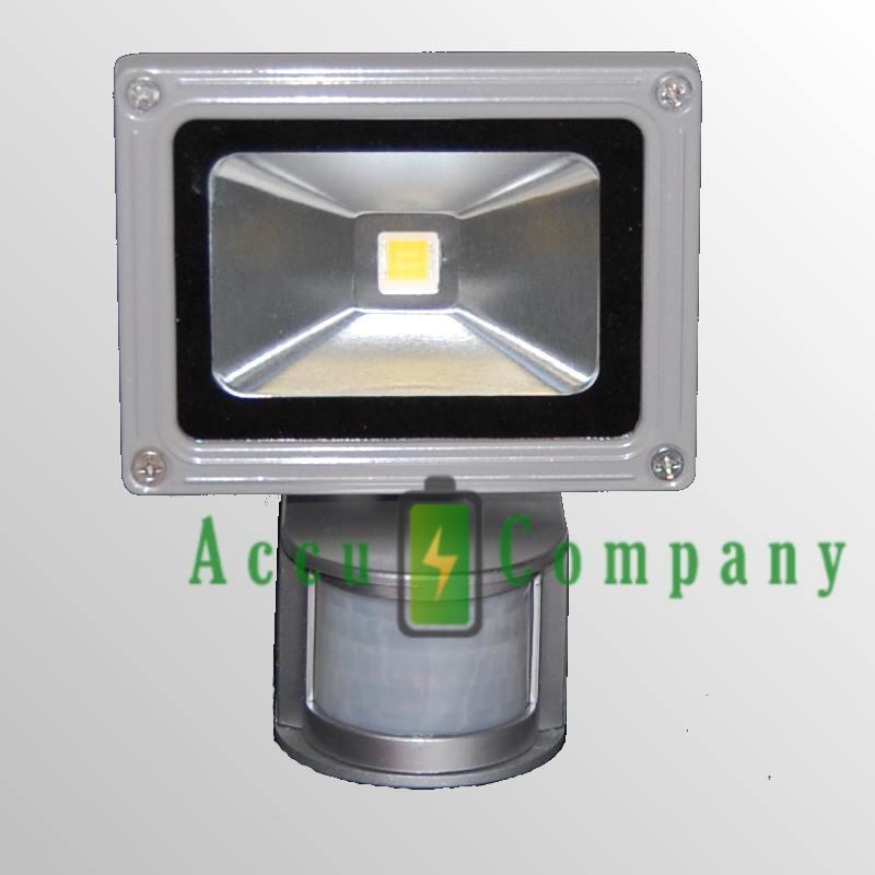 Duo Buitenlamp op zon energie met 54 LED's en Accupack