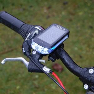 LED fietsverlichting met zonnepaneel
