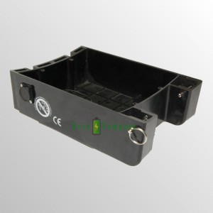 Battery box 400 for electric skateboard